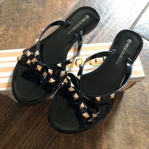 Just in! NWB black Wild Diva studded Jelly Sandals